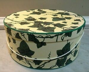 Nesting Hat Boxes - Set of 3 - Green Ivy