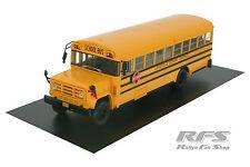 GMC 6000 - School Bus - 22cm lang - gelb - Baujahr 1989 - 1:43 AL 1989-BUS-10b