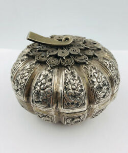 Antique Cambodian Khmer 900 Silver Gourd Pumpkin Melon Form Chased Silver Box