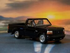 1993 FORD SVT F-150 LIGHTNING PICKUP 1/64  DIECAST COLLECTIBLE MODEL - DIORAMA
