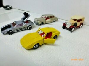 Tomica Pocket cars - LOT OF 4 - Very Good Condition -  (See Pictures) JAPAN