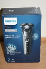 Philips Series 5000 Wet and Dry Shaver S5587/10