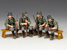 WH048 WW2 Wehrmacht Sitting Soldiers by King & Country