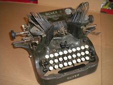 Vintage Typewriter USA Oliver 9 export model made for french market to restore