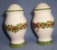 "CHRISTMAS SALT & PEPPER SHAKERS white china w/green Holly and bows 3.5x2"" unused"