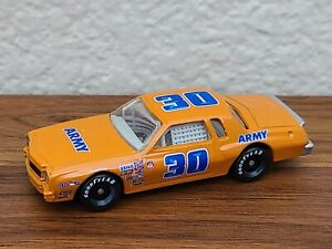 1976 #30 Dale Earnhardt Army Rookie Car 1/64 NASCAR Diecast Lose