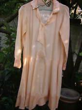 Robe ancienne 1925 pour document