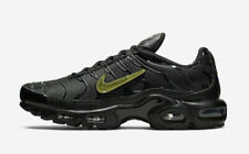 Men's Nike Air Max Plus Triple Black Gold Swooshes CJ9696-001