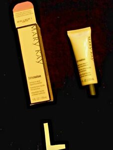 MARY KAY TIMEWISE LUMINOUS COVERAGE FOUNDATION IVORY-BRONZE 8 read description!
