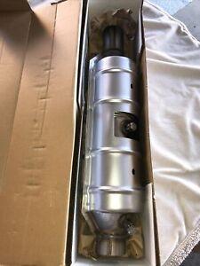 MagnaFlow 55300-FU for 2000-2001 Ford Excursion 6.8L V10 GAS SOHC