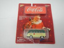 Johnny Lightning Coca-Cola Volkswagen Samba Bus (1)