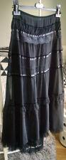 Jupe H&M longue noire voile et dentelle, neuve! style victorien gothique