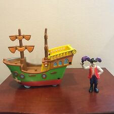 THE WIGGLES Toy Captain Feathersword & SS Feathersword Pirate Ship TOY