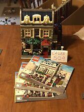LEGO Creator Expert Parisian Restaurant (10243) includes manuals and minis