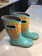 BOGS Youth Kids Size 2 Blue Flowered Waterproof Slip On Rainboots