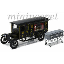 GREENLIGHT 18013 1921 FORD MODEL T ORNATE CARVED HEARSE With COFFIN 1/18 BLACK