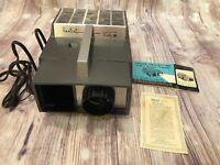 Vintage 1971 Realist Vista III Color Slide Projector Model 3181 works W/Manual