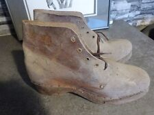 ANCIENNE PAIRE DE CHAUSSURES CROQUENOT GRAND PERE PAYSAN NORMAND MAQUIGNON
