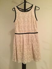 Women's Speckless Scoop Neck Sleeveless White Lace Lined Dress Junior Size 13