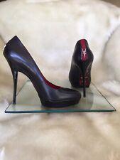 Authentic Cesare Paciotti black leather pump heels.Size 37 ( 36,5 )
