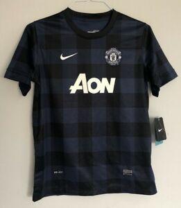 Manchester United away football shirt size 13-15 years Nike 2013-2014 BNWT