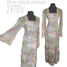 VTG 1970s abstract Print Folk Peasant Hippy Angel Sleeve Lace Maxi dress Sz S