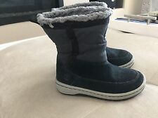 Timberland Black Boots Boys Size 8 Soft Comfortable Warm