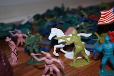 ARMY MEN TOY SOLDIERS COWBOYS INDIANS PLASTIC TOY PLAY FIGURES TOYS LOT