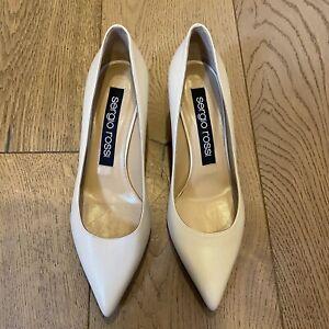 NEW Sergio Rossi Cream Leather low heel Pumps