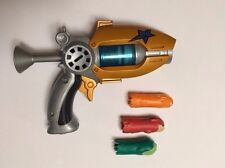 SLUGTERRA Entry Blaster and Slug Ammo-Eli's Blaster Burpy Spinner ELI NEW!!