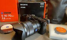 Sony Alpha 6300 E-Mount con Vario-Tessar ® T * E 16 - 70 mm f4 ZA OSS UVP 2447,- €