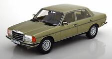 Cult Models 1976 Mercedes Benz 280E W123 Saloon Light Green metallic 1/18 LE300