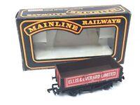 Mainline 37-131 OO Gauge 5 Plank Wagon Ellis & Everard (Boxed)