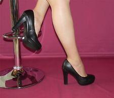 High-Heels von Laura Scott
