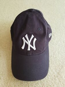 New York Yankees New Era 9Twenty Women's Core Classic Navy Adjustable Strap Hat