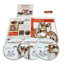 Modern Family Season 8 (3-Disc DVD Set) The Complete Eighth All New Episodes
