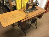 Atq. Early 1900s Singer Treadle Sewing Machine Model G726773 w/Oak Cab. (MAR21)