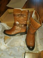 Earth Everwood Boots 11 wide new in box