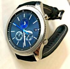 Samsung Galaxy Gear S3 Classic 46mm Stainless Steel Case Black Leather Band.
