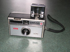 KODAK INSTAMATIC 100 FILM CAMERA POP UP FLASH
