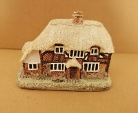 E* Lilliput Lane Cottages honeysuckle Cottage building handmade sculpture house