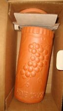 Gourmet Topf Clay Terra Cotta Wine Crock Grapes Bucket Box NIB NEW