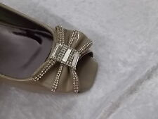 BNWOT Nude Patent Evening Shoes with Gorgeous Bling on Front  Size 39 (M1755)