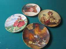 Set Of 4 Collector Plates Gorham, Museum Of Dolls, Royal Doulton, Lowell Davis