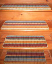 14 = Step 10'' x 29''   Stair treads Staircase 100% Wool Tufted carpet .