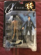 1998 The X Files  Fight The Future Agent Fox Mulder Toy Figure