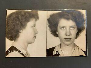 VINTAGE CRIMINAL MUG SHOT WOMAN 1943