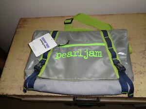 Pearl Jam Patagonia Messenger Bag 2015 Ten Club Vedder Soundgarden