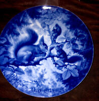 VINTAGE LIMITED EDITION BERLIN DESIGN MOTHER'S DAY PLATE 1974 GENUINE BLUE CHINA