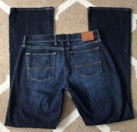 MINTY! Lucky Brand Jeans Sofia Boot Women's Size 6 / 28 x 33 Dark Denim